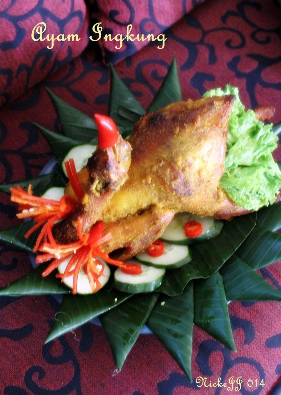 Ayam ingkung, Tumpeng Bancakan dan kue jajanpasar