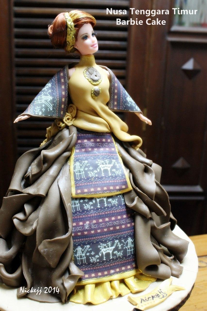 Nusa Tenggara Timur, Tradisional BarbieCake