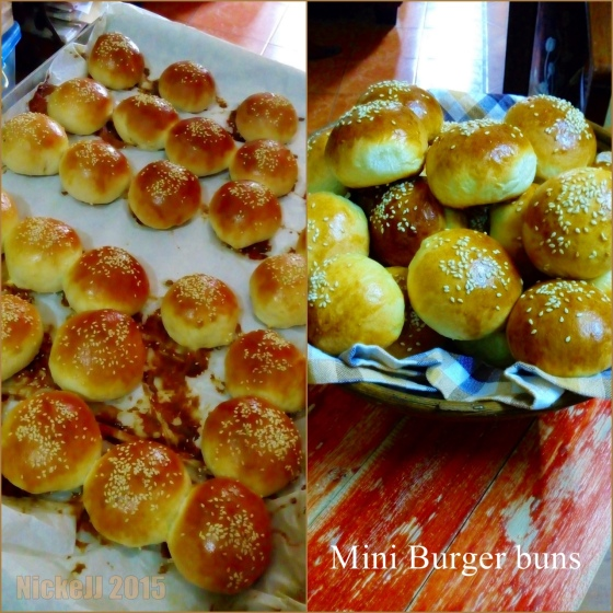 mini burger buns