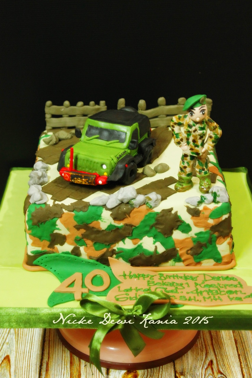 Rubicon army Cake