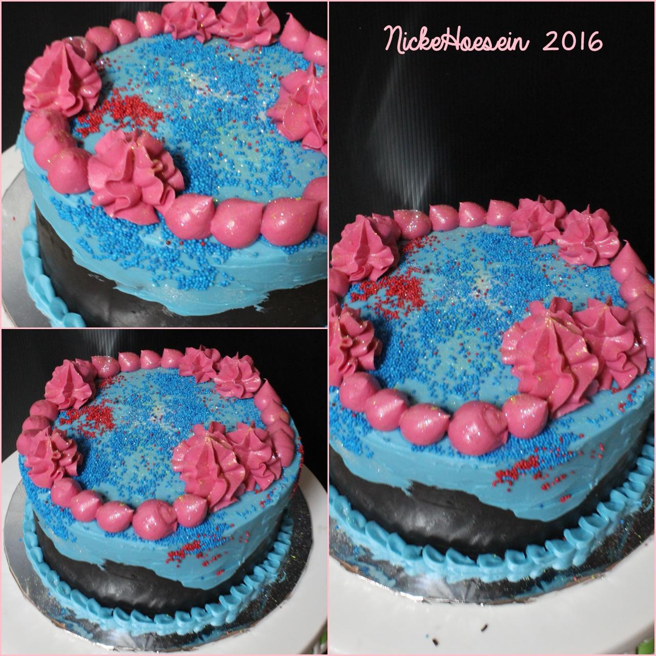 Classic Cake, Tumpeng, Custom Cakedll