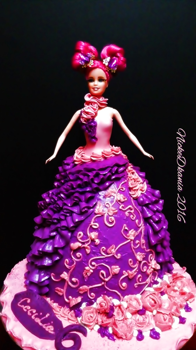 Doll Cake with ButterCream