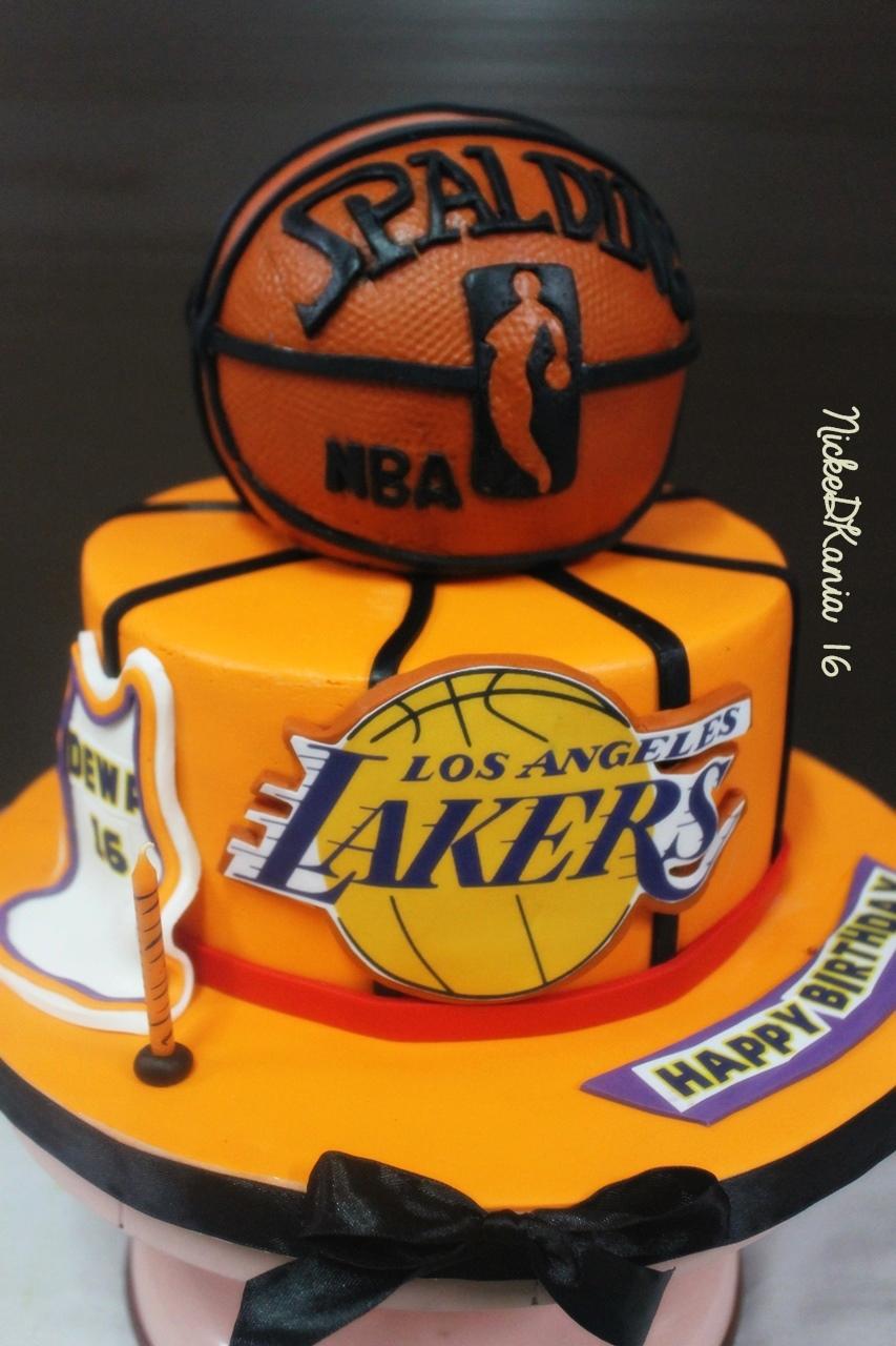 Lakers Basket BallCake
