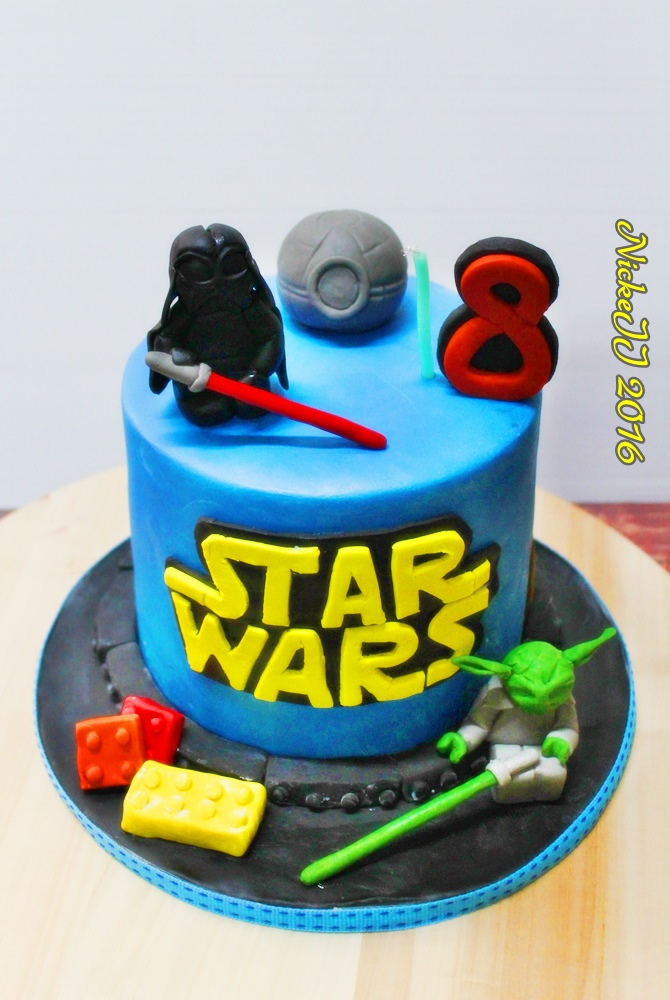 Lego Starwars Cake