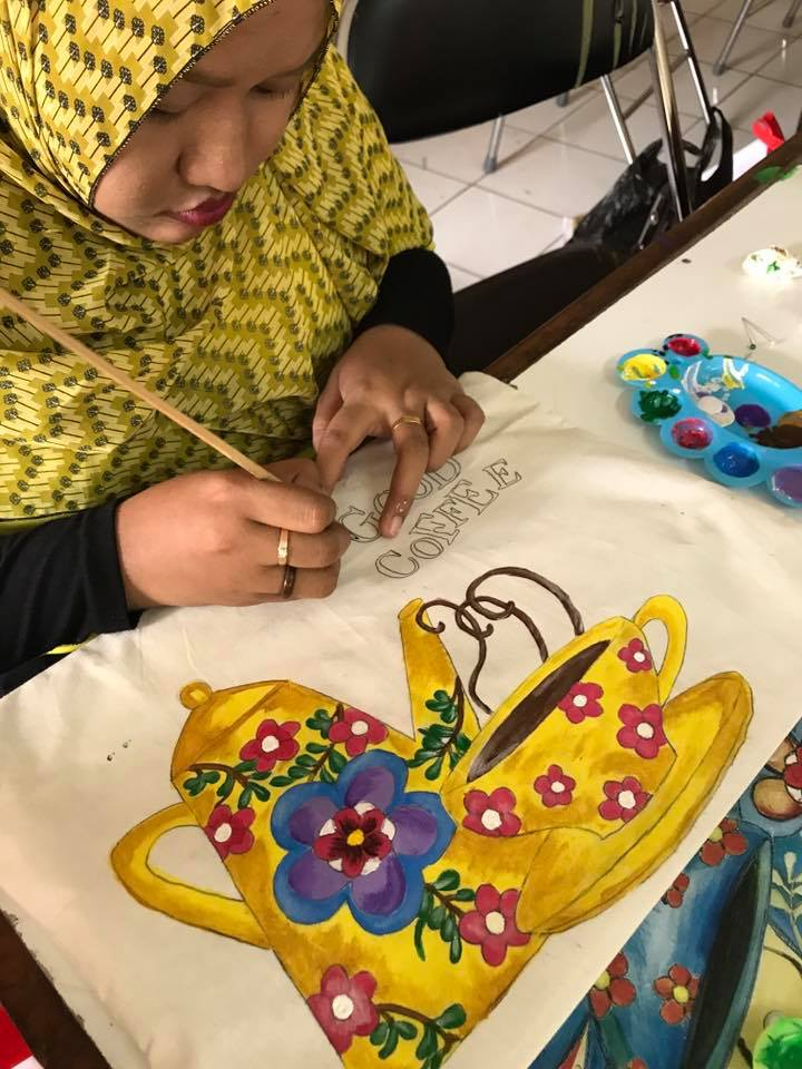 Dhilaztas day 2, Fabric Painting Workshop