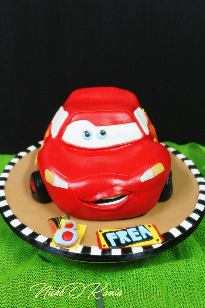 Cars Mc Queen Disney Cake