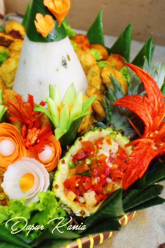 Tumpeng Bali